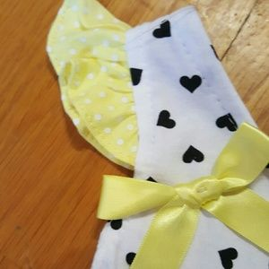 DDG Darlings Matching Sets - NWT 2 Piece Yellow Hearts Bee Dress & Diaper Cover